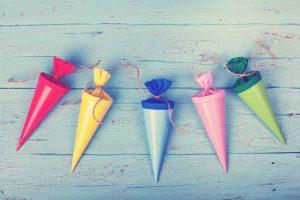 Hurra, ich bin ein Schulkind: Sechs Original Erzgebirgische Geschenkideen für die Zuckertüte