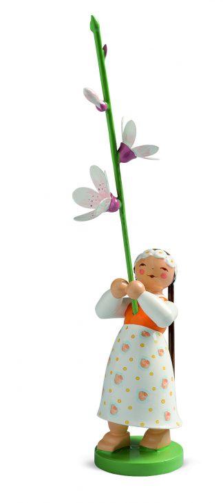 Wendt & Kühn Blumenkind mit Kirschblüte, Mädchen mit Zöpfen und langem Kleid