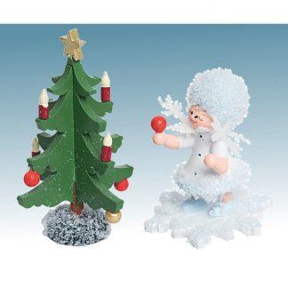 schneefloeckchen-mit-tannenbaum